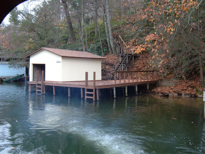 California boat rentals vacation boat rental in northern for Houseboats for rent in california